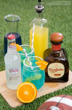 Need a reason to look forward to your bye week? Here's a #drink that will keep things interesting even if your team isn't playing.   Recipe: 5 oz. of Smirnoff Ice Original. 1oz Don Julio Tequila, 1oz. Blue Curacao, and 1oz Sour Mix
