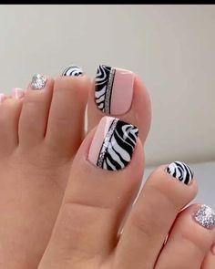 Toe Nail Flower Designs, Cute Nail Art Designs, Pedicure Designs, Pedicure Nail Art, Wow Nails, Pretty Toe Nails, Cute Toe Nails, Sassy Nails, Acrylic Toe Nails