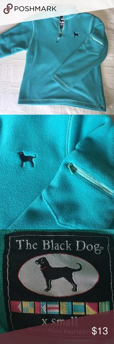 THE BLACK DOG - girls x-small  cozy fleece The coziest fleece!!!!! THE BLACK DOG original 1/2 zip fleece with cute zip pocket detail on left sleeve.  Hardly worn.  Perfect condition. THE BLACK DOG Shirts & Tops Sweatshirts & Hoodies