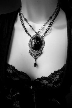 I am SOOOO doing a pendant in a similar style!! Memento Mori Necklace