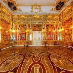 Amber room at Katherine Palace, St. Petersburg Russia