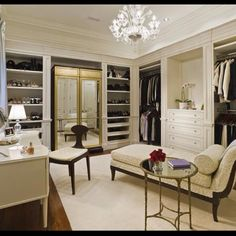 love this working functional closet
