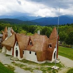 Find fantastic painted monasteries, imposing castles, and natural wonders on our list of the most beautiful spots in Romania. Vacation Places, Vacation Destinations, Places To Travel, Visit Romania, Turism Romania, Oh The Places You'll Go, Places To Visit, Romania Travel, Europe Travel Guide