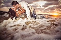 25 trendy wedding bridesmaids photos the dress Beach Photography, Couple Photography, Engagement Photography, Wedding Photography, Beach Wedding Photos, Wedding Pictures, Wedding Beach, Trendy Wedding, Wedding Ceremony