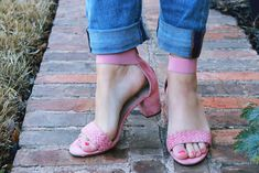 Blush pink block heel sandals for winter to spring outfit inspiration. Click to see this and several winter to spring looks, featuring all of the hottest winter to spring transitional fashion trends and several #OOTD ideas on FabEverday.com.