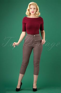 Step back into the vintage times with wide leg and high waisted jeans, trousers, cropped capris, button sailor pants and skinny cigarette pants. Vintage Pants, Vintage Dresses, Vintage Outfits, Vintage Fashion, Retro Outfits 1950s, Modern 50s Fashion, 1950s Style Outfits, 1950 Style, Retro Fashion 50s