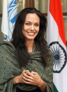 Angelina Jolie UNHCR Goodwill Ambassador /Embajadora del Alto Comisionado de las Naciones Unidas para los Refugiados (ACNUR)