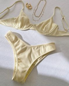 Bikini Outfits, New Outfits, Summer Outfits, Fashion Outfits, Bathing Suits For Teens, Cute Bathing Suits, Nice Bikinis, Romper Pants, Aesthetic Fashion