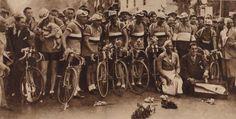 Joséphine Baker at the 1933 Tour de France.