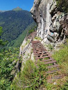 900 Idées De Les Pyrenees En 2021 Pyrénées Hautes Pyrénées Paysage France