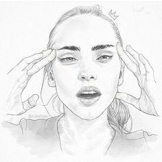 Mind quick sketch. Hey love.mp3 #illustration #graphic #fashion #makeup #drawing #saturday #sabado #eyebrows #hands #sketch #pencil #gdl #art #artsy #blogger