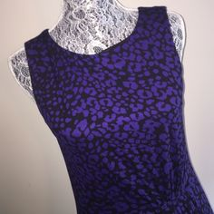 EUC Ann Taylor Loft Leopard Print Dress EUC dress from Loft. Puppy-loving smoke-free home. Sorry-no trades. All offers will be considered but please be respectful of the brand and the condition :) 20-% discount if you bundle two or more items!   Happy Shopping!  LOFT Dresses