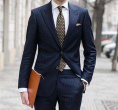 show your class // urban men // mens fashion // mens suit // mens bag // modern men // city boys // watches // mens accessories // tie //