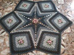 TAPETE ESTRELA JAMAICA | Lumis Arte em croche | Elo7