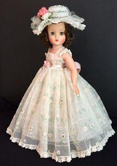Forever My Girl, Vintage Madame Alexander Dolls, Green Gown, 1950s Fashion, Revlon, Vintage Dolls, Style Icons, Flower Girl Dresses, Glamour