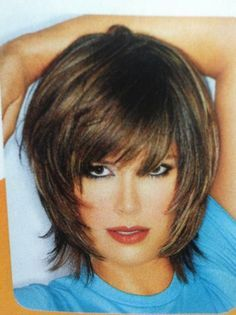 VISIT FOR MORE Good color by Divonsir Borges The post Good color by Divonsir Borges appeared first on kurzhaarfrisuren. Short Shaggy Haircuts, Short Shag Hairstyles, Mid Length Layered Haircuts, Shaggy Bob, Trendy Haircuts, Short Hair With Layers, Short Hair Cuts For Women, Choppy Layers, Medium Hair Styles