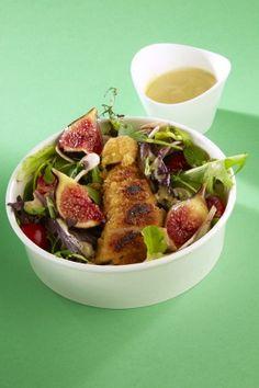 Salade croustillante au poulet, figue et sauce moutardée