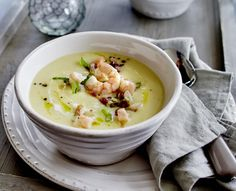 Unser beliebtes Rezept für Kartoffel-Pastinaken-Suppe und mehr als 55.000 weitere kostenlose Rezepte auf LECKER.de.