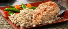 One Dish Chicken & Rice Bake -Tasty - Food Videos And Recipes Chicken Rice Bake, Baked Chicken, Chicken Recipes, Turkey Recipes, Rice Bake Recipes, Cooking Recipes, Kitchen Recipes, One Pot Meals, Easy Meals