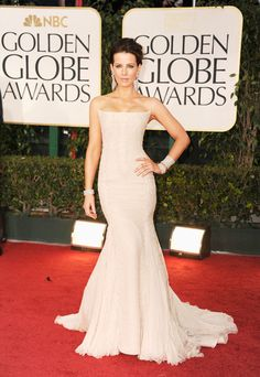 Underworld actress Kate Beckinsale can't get enough of dramatic mermaid silhouettes. This beaded Roberto Cavalli gown was just her style, as were the diamonds gracing both wrists and her ears. Talk about a glamazon.