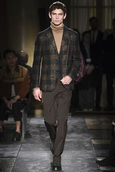 Arthur Gosse walking the Boglioli F/W16 runway. #runway #malemodel #menswear