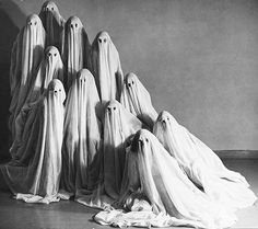 Mary Wigman dance school in costume, 1935. #vintage #1930s #ghosts #Halloween