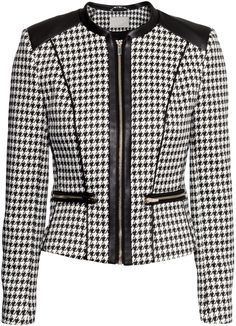 Fitted jacket in woven houndstooth fabric with imitation leather details and front zip. Front pockets and cuffs with zips. Sweater Jacket, Blazer Jacket, Faux Jacket, Houndstooth Jacket, Houndstooth Fabric, Professional Wear, Tailored Jacket, Work Attire, Mode Style