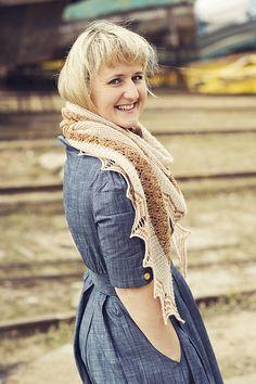 Ravelry: Holyrood pattern by Justyna Lorkowska Chambray Dress, Ravelry, Pattern, Dresses, Design, Fashion, Vestidos, Moda, Fashion Styles
