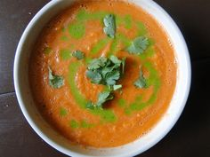 Sketch-Free Eating: Raw Carrot-Ginger Soup w/ Cilantro Drizzle (Vegan, GF)