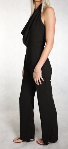 Doubts Jumpsuit - the alternative for the little Black dress for tall girls. From office to party outfit in a jiffy