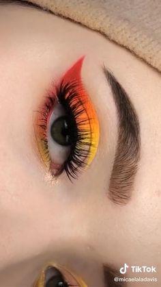 Edgy Makeup, Makeup Eye Looks, Eye Makeup Art, Eyeshadow Looks, Eyebrow Makeup, Eyeshadow Makeup, Makeup Eyes, Makeup Kit, Beauty Makeup