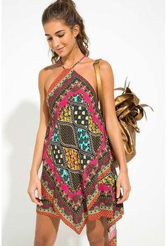 10 outfits estilosos para enfrentar o calor. Vestido estampado vestidos 10 outfits estilosos para enfrentar o calor - Guita Moda Hippie Style, Mode Hippie, Bohemian Mode, Komplette Outfits, Stylish Outfits, Summer Outfits, Summer Dresses, Hippie Outfits, Fashion Wear