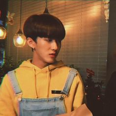 A minion that loves to rap and also loves dark. Lee Min Ho, K Pop, Kids Icon, Korean Boy, Kid Memes, Lee Know, Kpop Boy, Boyfriend Material, Bias Wrecker