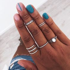 See more of pureluxuriess's VSCO. Hand Jewelry, Simple Jewelry, Cute Jewelry, Jewellery, Bling Bling, The Bling Ring, Vampire Diaries Jewelry, How To Wear Rings, Fashion Accessories