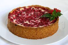Käsekuchen mit roten Johannisbeeren [Springform, 20 cm] Cupcakes, Brownies, Muffins, Deserts, Meals, Cooking, Recipes, Food, Budget