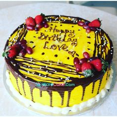 What color is this cake ? Want one ? Call us 08146274960 or www.waracake.com