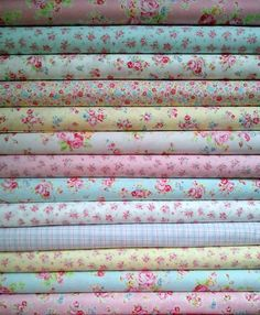 Japanese, Lecien ANTIQUE FLOWER in PASTEL, Fat Quarter Bundle of 13