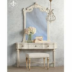 Lovely Vintage Vanity in Off White $1,975.00 #thebellacottage #shabbychic #eloquence