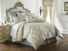 Beautiful comforter | Repinned by Five Queens Court