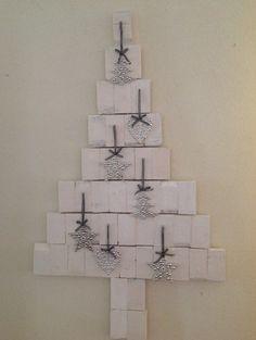 ... een kerstboom kerstboom maken kerst knutsels houten blokjes blokjes