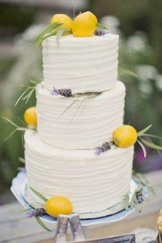 18 beautiful buttercream wedding cakes 9