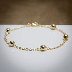 30, Gold Earrings, Piercing, Bracelets, Jewelry, Ballon D'or, Adjustable Bracelet, Gold Charm Bracelets, Air Cast