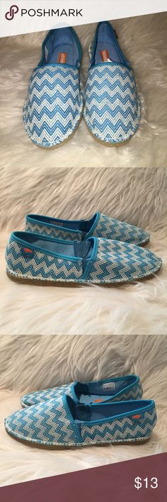 Rocket Dog -Blue & White Chevron Slip on Shoes Rocket Dog- Light Blue & White Chevron Slip on Shoes - Like New Condition - very cute - I just never wear them. There very clean Rocket Dog Shoes Espadrilles