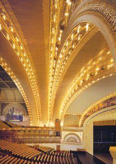 Chicago Auditorium - Architects Louis Sullivan and Dankmar Adler.  american-music.org