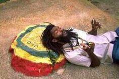 Rastafarianismo foi a religião praticada por milhares de trabalhadores hindus que chegaram à Jamaica depois da abolição