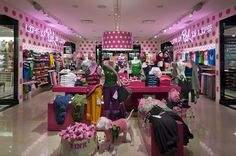 Victoria s Secret store Chicago 03 Victorias Secret store, Chicago