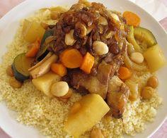 Es la comida por excelencia de la cocina Marroquí. Se puede preparar de Pollo, de Cordero, de las dos carnes y en cuanto a verduras también ... Tostadas, Pot Roast, Hummus, Quinoa, Crockpot, Oatmeal, Breakfast, Ethnic Recipes, Food