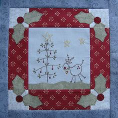Patchwork Allsorts: Progress on my new Christmas Quilt. Christmas Patchwork, Christmas Fabric, Christmas Quilting, Christmas Sewing Projects, Christmas Crafts, Christmas Items, Primitive Embroidery, Vintage Embroidery, Small Quilts