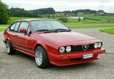 Alfa Romeo Gtv I want of these things so bad! Alfa Gtv, Alfa Alfa, Alfa Romeo Gtv6, Alfa Romeo Cars, Retro Cars, Vintage Cars, Vintage Signs, Alpha Romeo, Best Muscle Cars