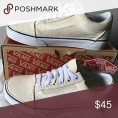 vans old skool(canvas)classic white 5/16 Vans Shoes Sneakers